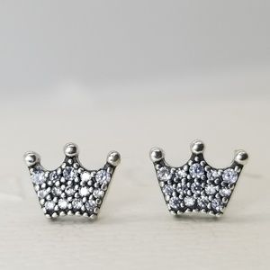 New Pandora Silver Earrings Enchanted Crowns clear